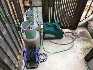 冷媒ガスの回収