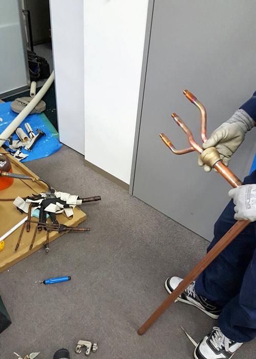 室内機三台分の分岐配管