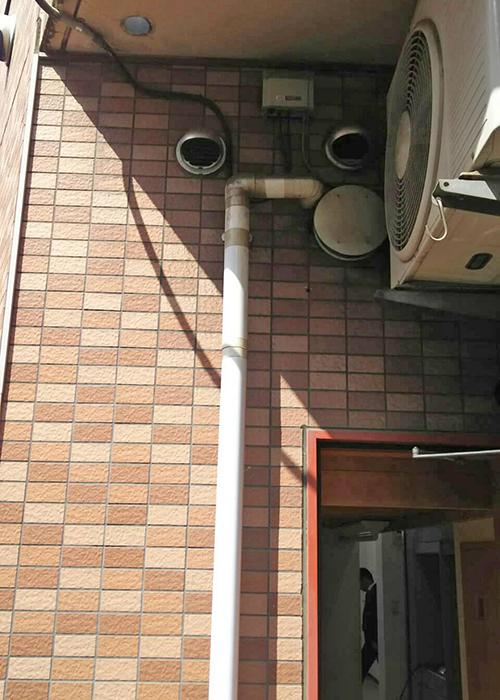 室内機設置場所の屋外側