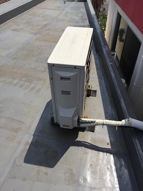 屋上設置の既存室外機