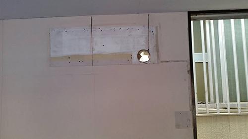 壁掛型エアコンの交換前