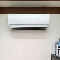 東京都墨田区のお客様宅にて壁埋込形・壁掛形エアコンの入替え【ハウジングエアコン】