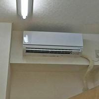千葉県柏市の事務所にて壁掛形ルームエアコンの新規取付【家庭用エアコン】