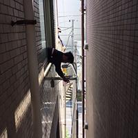 東京都新宿区のテナントビルにて天吊形と壁掛形ツインの入替え-その1【業務用エアコン】