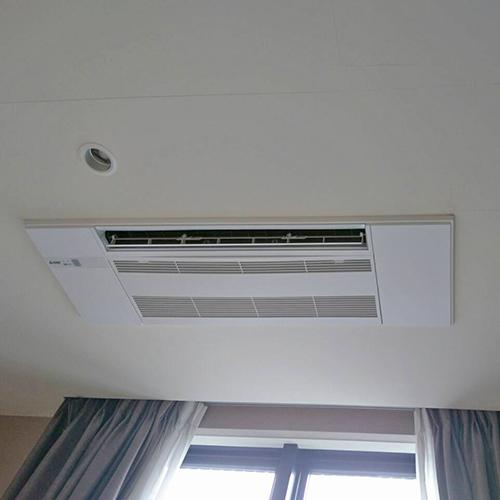 東京都目黒区のマンションにて三菱電機製天井カセット形1方向マルチエアコンの入替え工事【ハウジングエアコン】