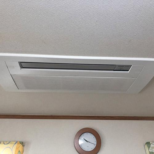 埼玉県さいたま市の戸建て住居にてパナソニック製天井カセット一方向エアコンの入替え工事【ハウジングエアコン】
