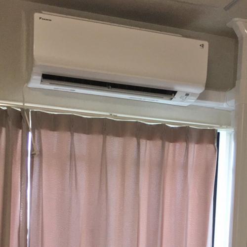 東京都練馬区のマンションにてダイキン製壁掛形エアコンの新規設置工事【ルームエアコン】