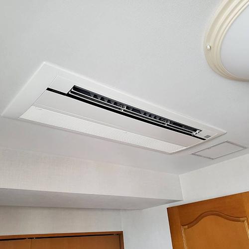 東京都目黒区のご住居にてダイキン製天井埋込形1方向吹出しエアコンの入替え工事【ハウジングエアコン】
