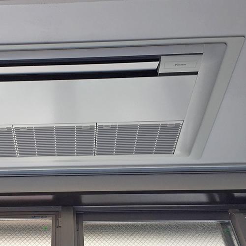 東京都豊島区の住居にてダイキン製天井埋込形1方向エアコンの入替え工事【業務用エアコン】