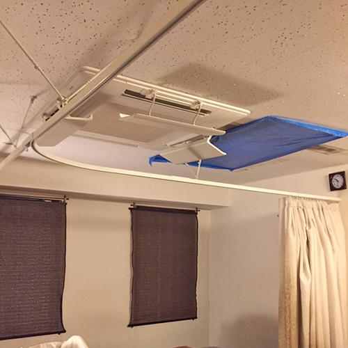 東京都新宿区のテナントオフィスにて日立製天井カセット4方向形エアコンの入替え工事【業務用エアコン】