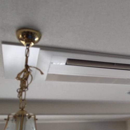 東京都目黒区の戸建てビルにてパナソニック製天井カセット形シングルフローエアコンの入替え工事【ハウジングエアコン】
