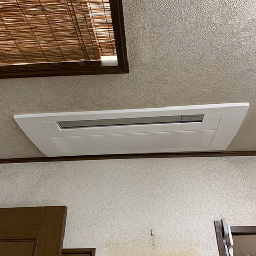 神奈川県横浜市のビルにてパナソニック製天井カセット1方向マルチエアコンの入替え工事【ハウジングエアコン】